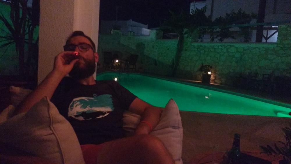 cigare-piscine-hotel-paros